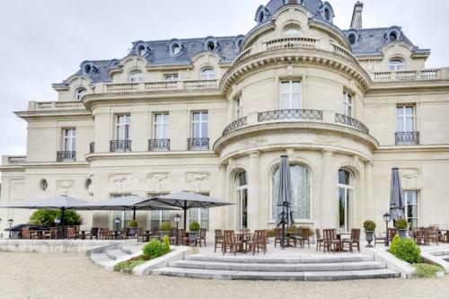 Le Château Hôtel Mont Royal Chantilly